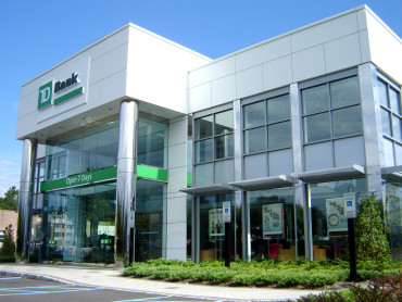 TD Bank East Rutherford_Exterior